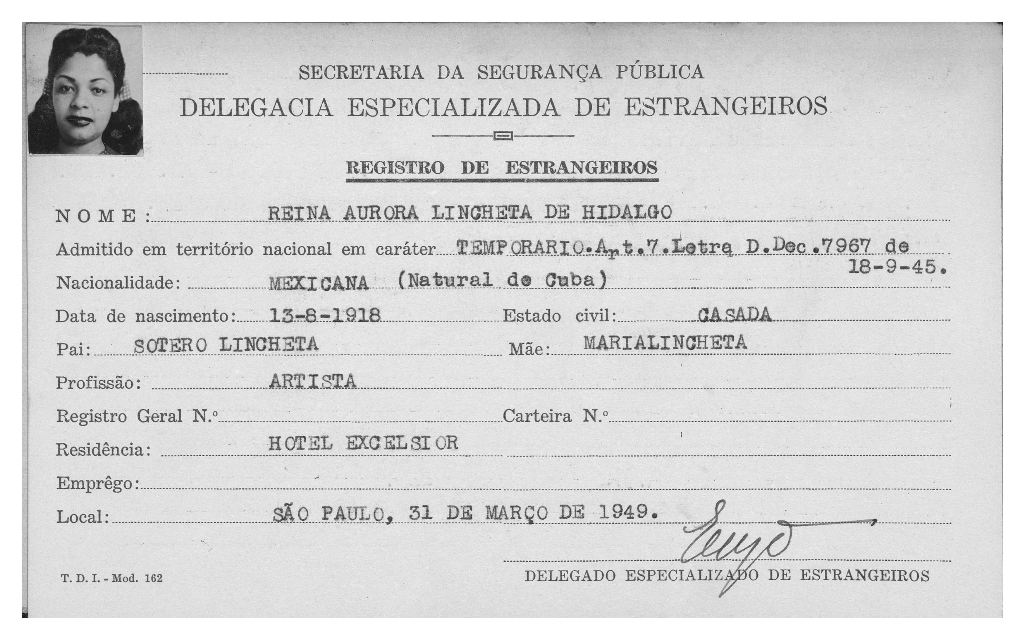 REina-1949-03-registro-de-estrangeiro-SP-01-copy.jpg